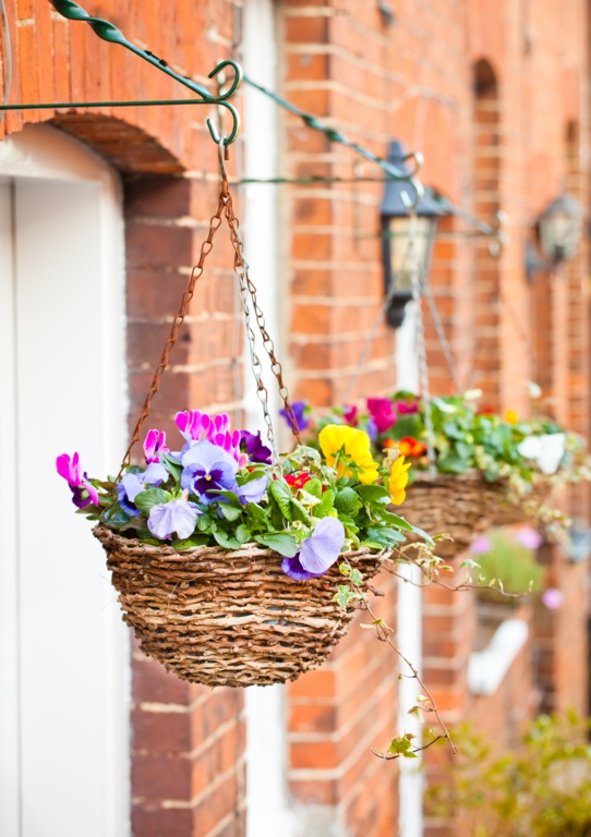 "Rattan Hanging Basket 14"" – Now Only £6.00"