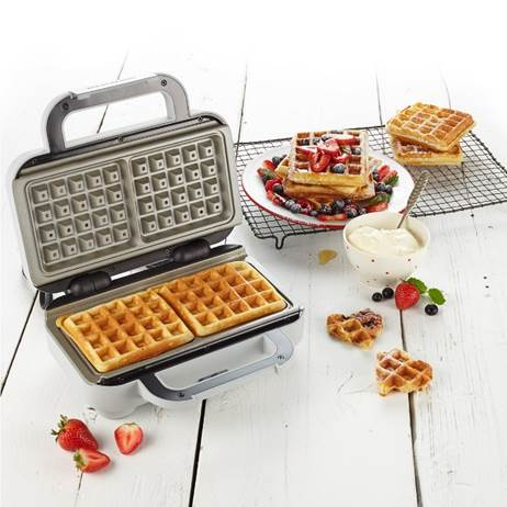 Waffle Maker with DuraCeramic™ Coating  – Now Only £39.00